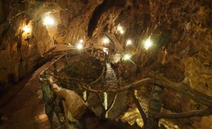 les grottes de Dinant