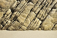 Des pierres et des hommes